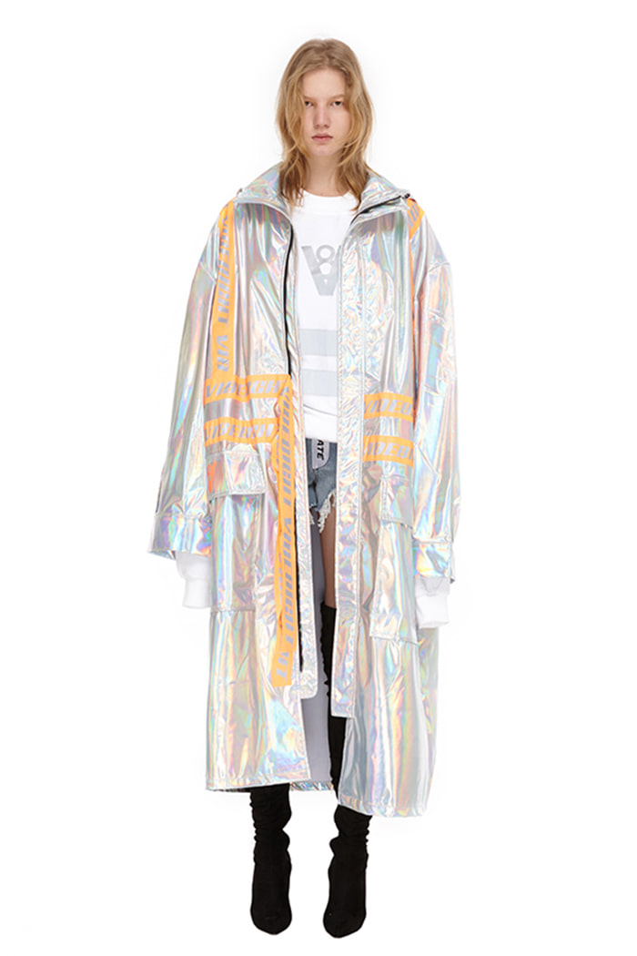 VIBE8IGHT TAPE COAT (HOLOGRAM)