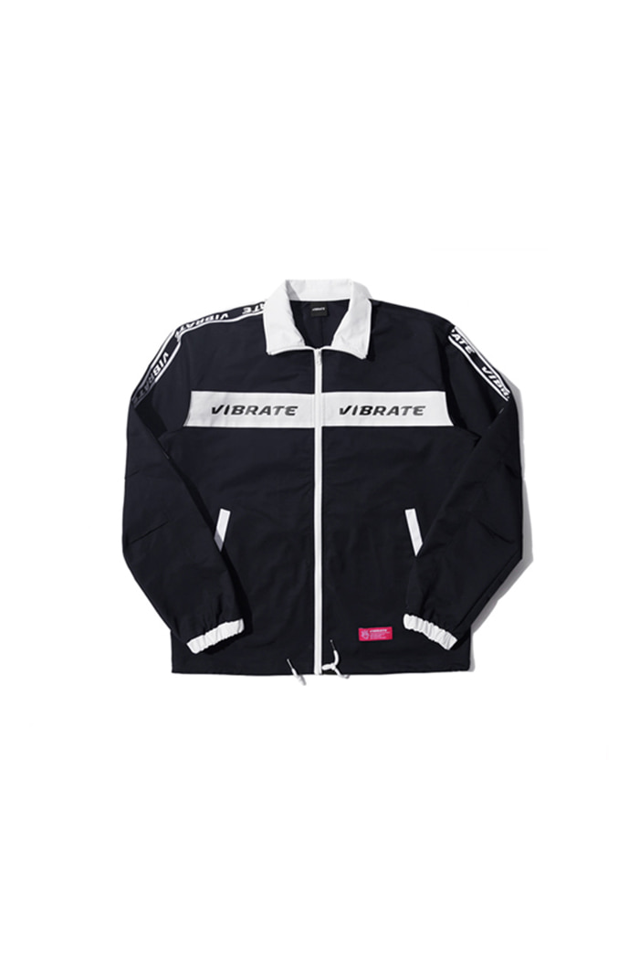 LOGO STRAP COACH JACKET (BLACK)