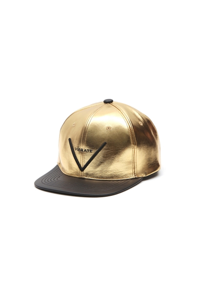 V SNAPBACK (LEATHER GOLD)