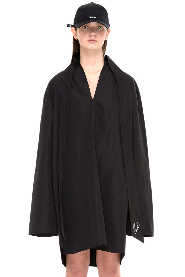 LONG COLLAR SHIRT (BLACK)