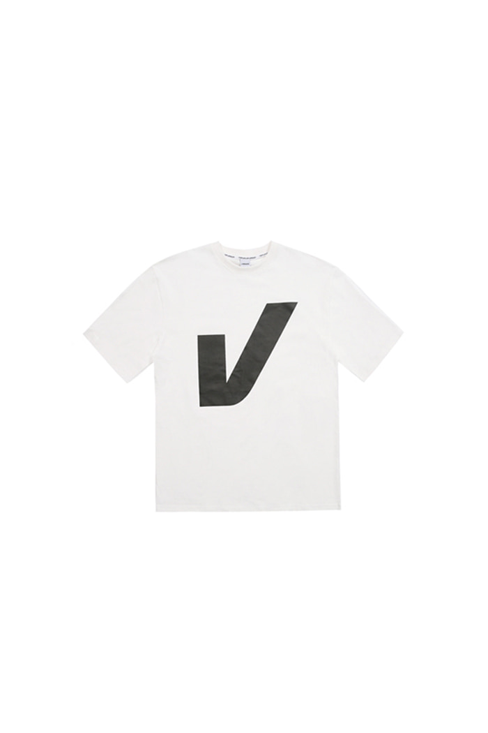 V BIG LOGO T-SHIRT (WHITE)