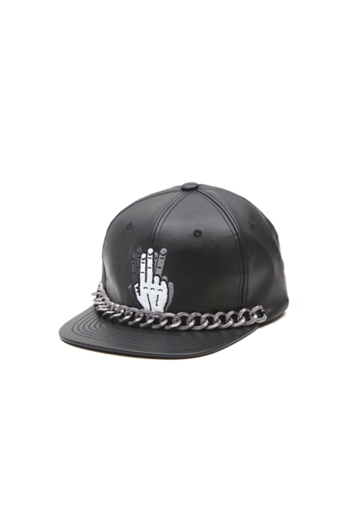 HAND SHAKE SIGN SNAPBACK (LEATHER CHAIN BLACK)