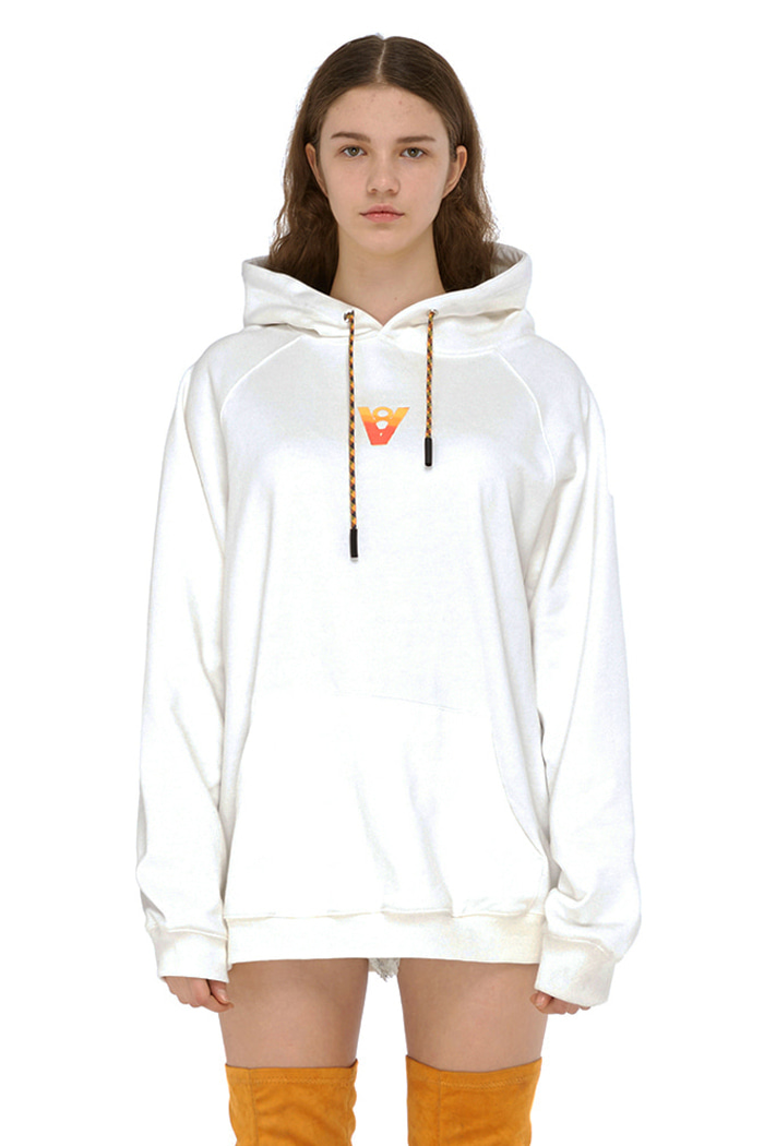 VIBE8IGHT ON BACK HOODIE (WHITE)